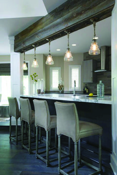 38 Trendy Kitchen Lighting Ideas For Low Ceilings Islands Exposed Beams - Beleuchtung Marble Top Kitchen Island, Kitchen Tops, Kitchen Islands, Kitchen Sinks, Kitchen Cabinets, Big Kitchen, Kitchen Modern, Grey Kitchens, Cool Kitchens