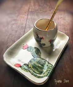 Mate y Platito Cactus von Tijuana Store❤️ - Cactus Ideen Pottery Painting, Ceramic Painting, Ceramic Art, Cactus Ceramic, Ceramic Plates, Pottery Houses, Clay Mugs, Mosaic Wall Art, Cactus Decor