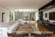 Open house - Christiana Francini. Veja: http://casadevalentina.com.br/blog/detalhes/open-house--christiana-francini-2929  #decor #decoracao #interior #design #casa #home #house #idea #ideia #detalhes #details #openhouse #style #estilo #casadevalentina #livingroom #saladeestar