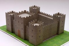 Medieval Castle Papercraft - My Paper Craft Kids Castle, Toy Castle, Medieval Games, Medieval Crafts, Cardboard Box Crafts, Cardboard Castle, Midevil Castle, Castle Crafts, Castle Project