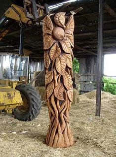 Mick Burns, Chainsaw Sculptor, Gallery 29.289. Thicket