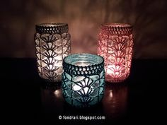 So you can cover them and then make them into a rack. = ] Crochet jar cover - pattern