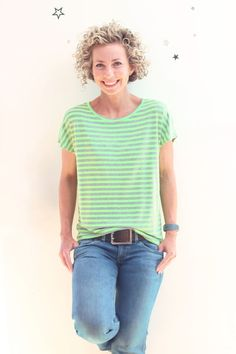 Sew a loose striped shirt with the pattern TEASY.shirt pattern # Sewing instructions # sew it yourself sew einfach clothes crafts for beginners ideas projects room Raglan Shirts, Shirt Blouses, Star Clothing, Couture, Zara, T Shirts For Women, Clothes For Women, Louis Vuitton, Textiles