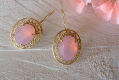 Σκουλαρίκια με κρύσταλλα Swarovski Pearl Earrings, Drop Earrings, Earrings Handmade, Swarovski, Jewellery, Pearls, Pearl Drop Earrings, Pearl Studs, Jewels