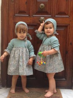 Baby Outfits, Cute Outfits For Kids, Knitting For Kids, Baby Knitting, Crochet Baby, Knitted Baby Clothes, Baby & Toddler Clothing, Retro Mode, Style Retro