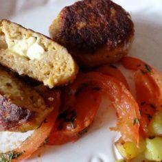 Fóliában sült töltött fasírttekercs   Nosalty Baked Potato, Potatoes, Chicken, Baking, Ethnic Recipes, Food, Potato, Bakken, Essen