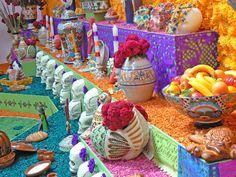 Ciudad de México, Distrito Federal. México  Noviembre del 2007  Día de Muertos: Ofrenda a Diego Rivera