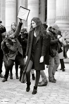 Easy Fashion: Model on the run / Paris Fashion Week