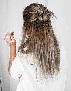 easy hairstyle, quick hairstyle, balayage hair, messy bun, hair, long hair, blonde hair Style Long Hair, Hair Styles For Long Hair For School, Half Up Long Hair, Half Hair Bun, Long Hair Casual Updo, Messy Bun Hairstyles, Simple Hairstyles For School, Buns For Long Hair, Hair Ideas For School