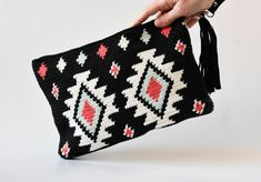 0cb2aa8720 22 Desirable woven bags images in 2019