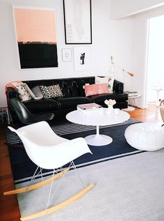 Blogger Victoria Smith of @sfgirlbybay shares a look inside her living room, featuring the Tundra Tunis rug from Calvin Klein Home.