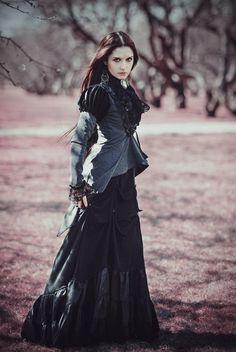 Celebrating Beautiful Steampunk Girls in Awesome Costumes Viktorianischer Steampunk, Steampunk Fashion, Victorian Fashion, Gothic Fashion, Neo Victorian, Steampunk Clothing, Victorian Gothic Wedding, Gothic Clothing, Steampunk Necklace