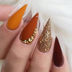 Fall Gel Nails, Cute Nails For Fall, Fall Acrylic Nails, Glitter Nails, Nail Ideas For Fall, Silver Glitter, Fall Nail Art Designs, Acrylic Nail Designs, Stiletto Nail Designs