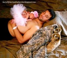 Daddy daughter military pic