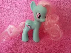 My Little Pony G4 MINTY...SHE WAS MY ALL TIME FAVORITE CHARACTER WHEN I WAS 3-5 YEARS OLD!!!!!!!!!!