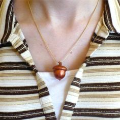 Just in time for fall learn to make this acorn necklace