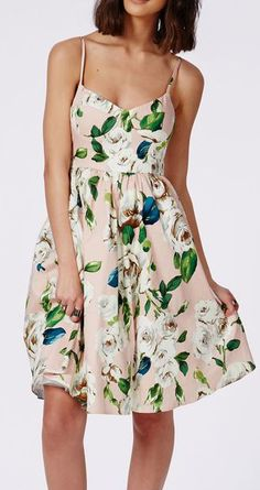 Stitch Fix Stylist: I like the vintage botanical print and style of this dress.