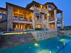 Beautiful home in Austin, Texas - @Alyssa Lynde this made me think of you because of Texas and what not, you should live here