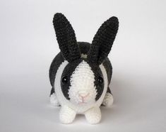 Dutch rabbit crochet pattern by Kati Gálusz
