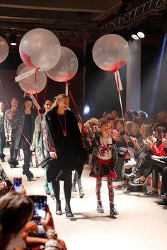 Pakhuis West in Amsterdam, hét decor voor DIDI'sFashion Event 2017! Ik was aanwezig bij de officiële lancering van de winter- en kerstcollectie! http://imfeelinggood.nl/imfeelinggood.nl/2017/10/12/didis-fashion-event-2017/ #didi #fashion #fashionshow