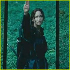 I was balling in this scene! The District 11 uprising gave me chills!