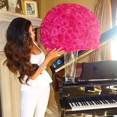 Describe your pin… Luxury Lifestyle, Lifestyle Blog, Leyla Milani, Bae, Luxe Life, Queen, Girly Girl, Girly Things, Versace