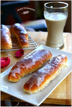 FARTONS . RECETA EN VIDEO Old Fashioned Sweets, Coffee Cake, Pain, Yummy Cakes, Hot Dog Buns, Gluten Free Recipes, Waffles, Bakery, Food And Drink