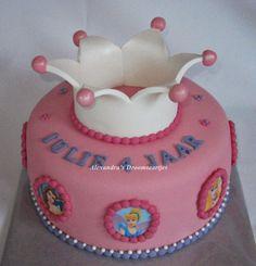 Prinsessen taart, princess cake, cake with crown
