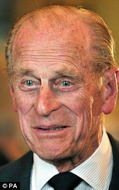 Prince Philippe, Queen And Prince Phillip, Royal Family Trees, English Royal Family, House Of Windsor, English Royalty, Queen B, Queen Elizabeth Ii, Long Live