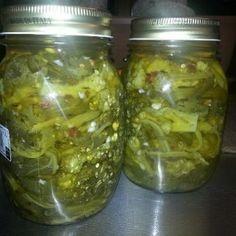 Friarielli sott'olio Preserves, Pickles, Cucumber, Mason Jars, Frozen, Pork, Food And Drink, Finger Food, Vegan