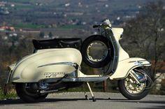 """tikitodd: """"#classic #scooter #lambretta #tv175 #innocenti #retro #vintage #old by memas_memas_vespa http://ift.tt/1JRZY7R """""""