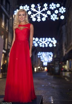 Katherine Jenkins wows the crowd in a floor-length red dress as she turns on the St James's Christmas lights, London. Opera Dress, Katherine Jenkins, Red Long Sleeve Dress, Bridesmaid Dresses, Prom Dresses, Bridesmaids, Love Her Style, Formal Evening Dresses, Dress Me Up