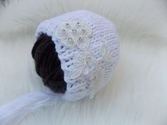 Knit baby girl hat,white Newborn hat,white knitted bonnet,knit beanie,acrylic hat,pearls,lace,vintage baby hat, photo prop, babies,RTS by MikyNewbornProps on Etsy Baby Girl Hats, Girl With Hat, Pearl And Lace, Knit Beanie, Baby Knitting, Photo Props, Babies, Pearls, Etsy