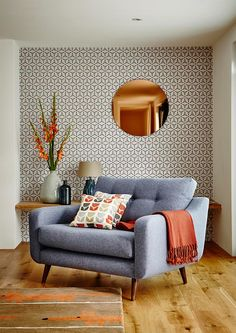 Round Copper Wall Mirror and Wallpaper Combination Modern Living Room. Round Copper Wall Mirror and Wallpaper Combination Modern Living Room. Decor, Interior Design, House Interior, Home, Living Decor, Retro Home Decor, Retro Home, Mid Century Modern Living Room, Living Room Designs