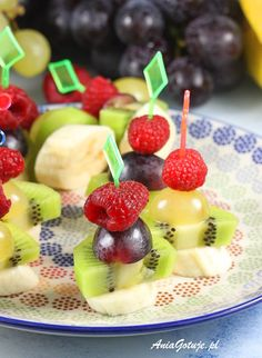 Koreczki | AniaGotuje.pl Kabobs, Skewers, Skewer Appetizers, Party Buffet, Fruit Salad, Pudding, Cheddar, Snacks, Home Kitchens