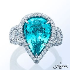 Diamond Rings : Style 2129 Platinum diamond ring featuring an exquisite 7.90ct pear-shaped parai