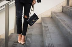 The best black distressed skinny jeans | The Style Editrix