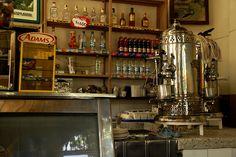 Imagen de una Cafetería típica de pueblo en Montenegro, Quindio Montenegro, Liquor Cabinet, Storage, Furniture, Home Decor, Colombia, Girls, Purse Storage, Decoration Home