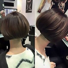 double vue Cute Short Haircuts, Short Bob Hairstyles, Curled Hairstyles, Trendy Hairstyles, Short Hair Cuts, Short Hair Styles, Pageboy Haircut, New Hair, Hair Makeup