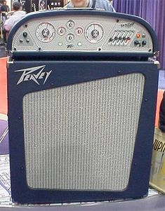 Weird-looking and unorthodox amp designs. Valve Amplifier, Weird Look, Bass Amps, Bass Guitars, Guitar Design, Boombox, Guitar Amp, Cool Tones, Jimi Hendrix