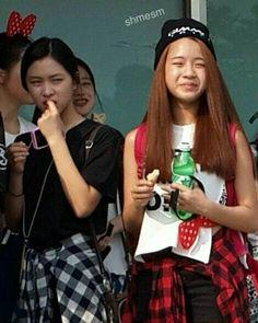Jyp Trainee, Blonde Anime Girl, Fnaf Wallpapers, Jungkook Oppa, Park Chaeyoung, Hey Girl, K Idols, Hoseok, Besties
