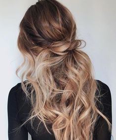 Half up #hairstyles #updo #beauty #hair