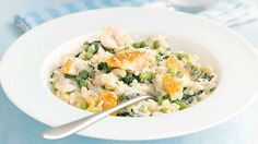 Baked Smoked Haddock And Spinach Risotto: carnoli rice stock Add: Onion fried Mushrooms fried 15 mins – stir 15 mins Add: smoked haddock - poached Peas cooked Top parmesan Spinach Risotto, Barley Risotto, Spinach Rice, Risotto Rice, Haddock Recipes, Salmon Recipes, Fish Recipes, Baked Risotto Recipes