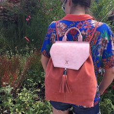 Bonvien...Tanios... #bonvien #leather #backpack #handmade #artisan #allleather #leatherbag #leatheraccessories #ss2015 #fashiontrends #womens #tanios #leatherlove #deri #sirtcantasi #suede #elyapimi #yerlimali #dericanta #deriaksesuar #elyapimicanta #bursa #bamboopark #izmir #alacati #alkoclarexclusive