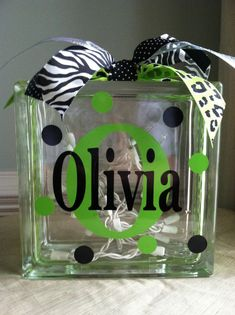 Items similar to Personalized Monogrammed Glass Block Light on Etsy Vinyl Crafts, Vinyl Projects, Diy Projects To Try, Craft Projects, Yarn Crafts, Wood Crafts, Craft Gifts, Diy Gifts, Cubes