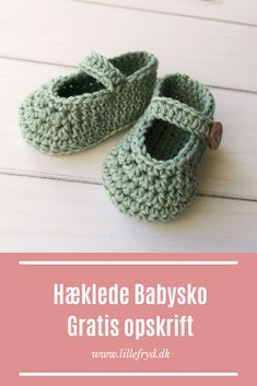Crochet For Kids, Crochet Baby, Knit Crochet, Crochet Clothes, Diy Clothes, Baby Barn, Newborn Shoes, Baby Boots, Baby Cardigan