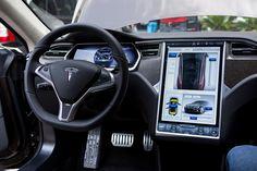0818 Tesla Model S driver's seat