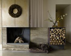 Fireplace Ideas - This modern house features a steel-lined fireplace and a steel firewood storage box, while board-formed concrete shows the construction of the house. Board Formed Concrete, Concrete Bench, Concrete Fireplace, Fireplace Stone, Open Fireplace, Park City Ski Resort, Steel Cladding, Steel Siding, Weathering Steel