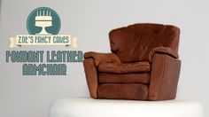 Fondant arm chair and sofa How To Cake Decorating Tutorial video - Free Cake Videos Fondant Figures, Fondant Cakes, Cake Topper Tutorial, Fondant Tutorial, Zoes Fancy Cakes, Pillow Cakes, Cake Decorating Tutorials, Art Tutorials, Decorating Ideas