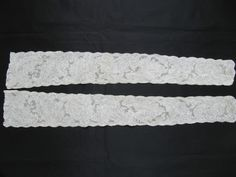 My choice of best lace from the 10/3/2013 Ebay Alerts. Valenciennes lappets, c. 1740.